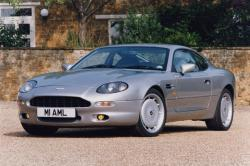 various options to personalize the Aston Martin DB7 Volante model