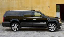 Redesigned 2015 Cadillac Escalade ESV striking without Compromises