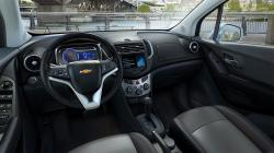 Get Enthralled By Driving Chevrolet Tracker With Automatic Transmission