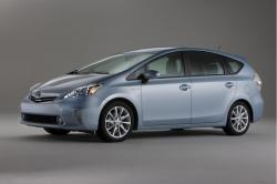 Delight In the Sophisticated Features of Toyota Prius V Wagon