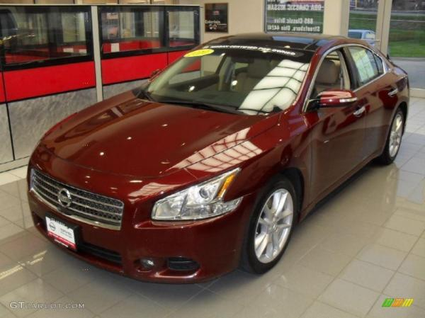 2010 Tuscan Sun Red Nissan Maxima, The Trendsetter of All Years