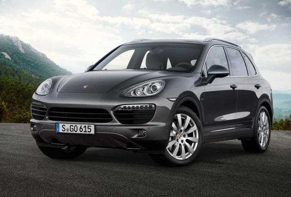 Feel like and look like Celebrity Riding with Porsche Cayenne Series