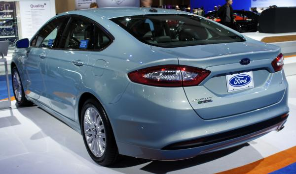 Ford Fusion Energi: The Innovations in Hybrid Technology