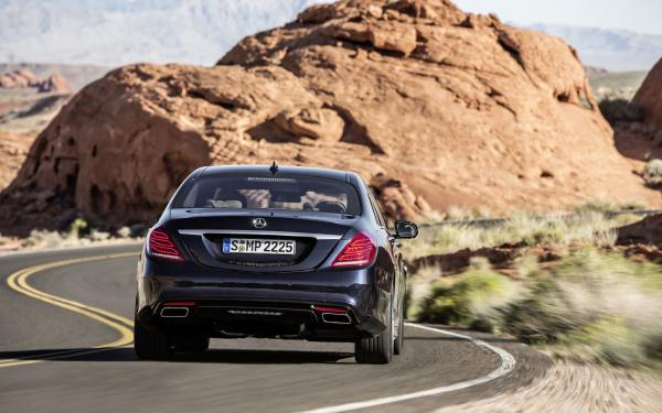 The Multiple Features To Drive For A Long With Comfort Mercedes-Benz 350-Class